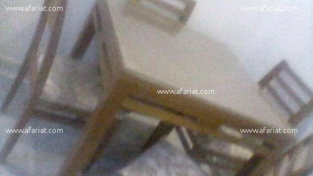 Annonce sur Affariat Tunisie pour: salle à manger + télé condor 49 pouces