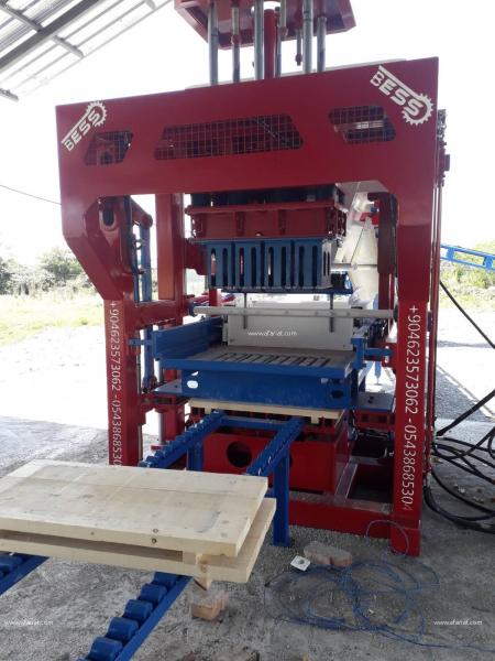 Annonce sur Affariat Tunisie pour: MACHINE DE BRIQUE ET PAVE