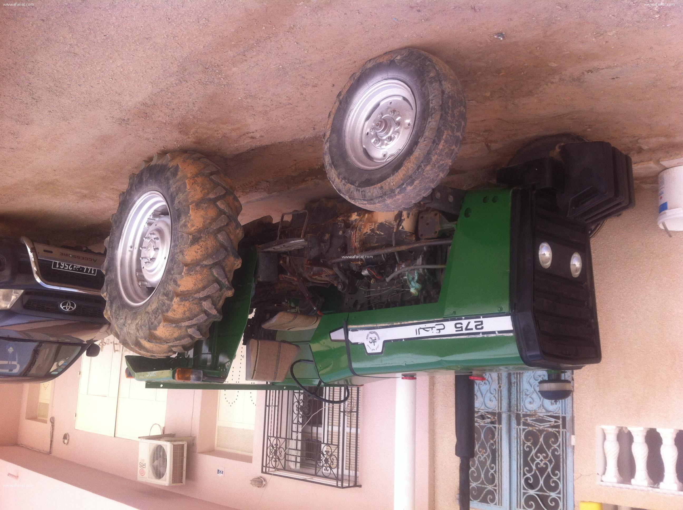 Tracteur jeda3 275