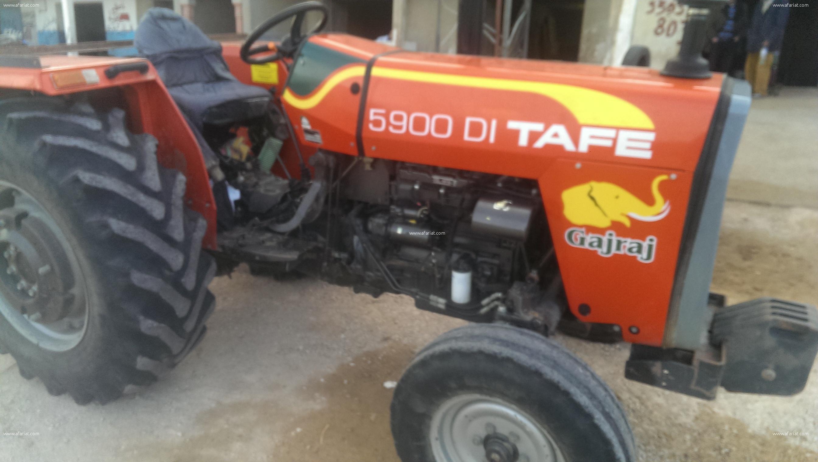 tracteur TAFE 59000