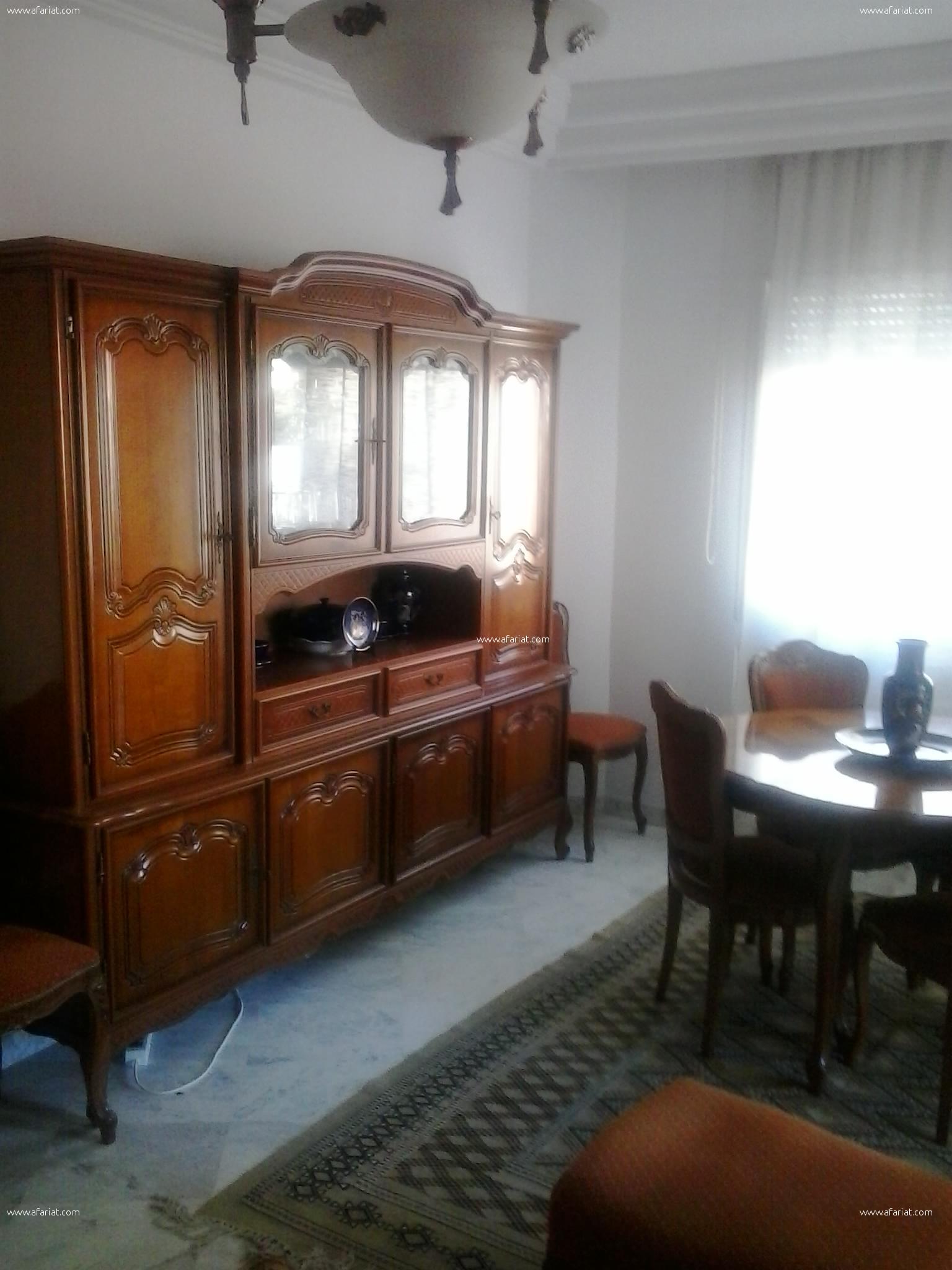 spacieux et joli appartement palmeraies Aouina