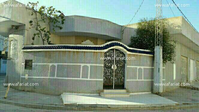 villa a couté de station de louage taffala sousse