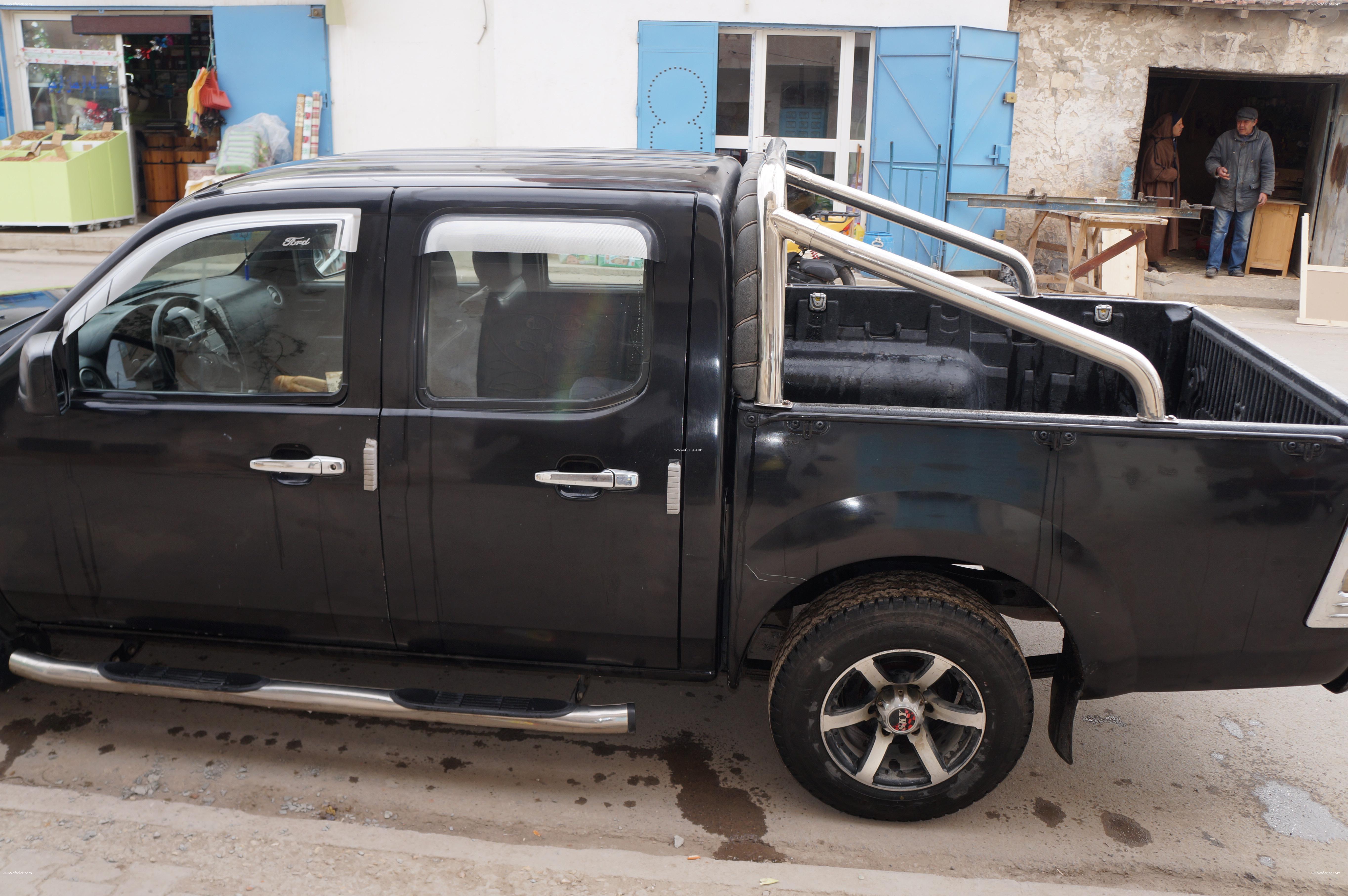 a vendre ford ranger noire 4 place