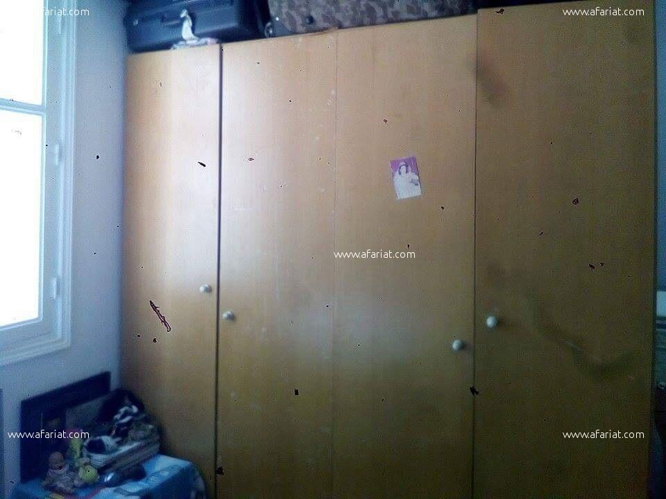 Lits,armoire et commode
