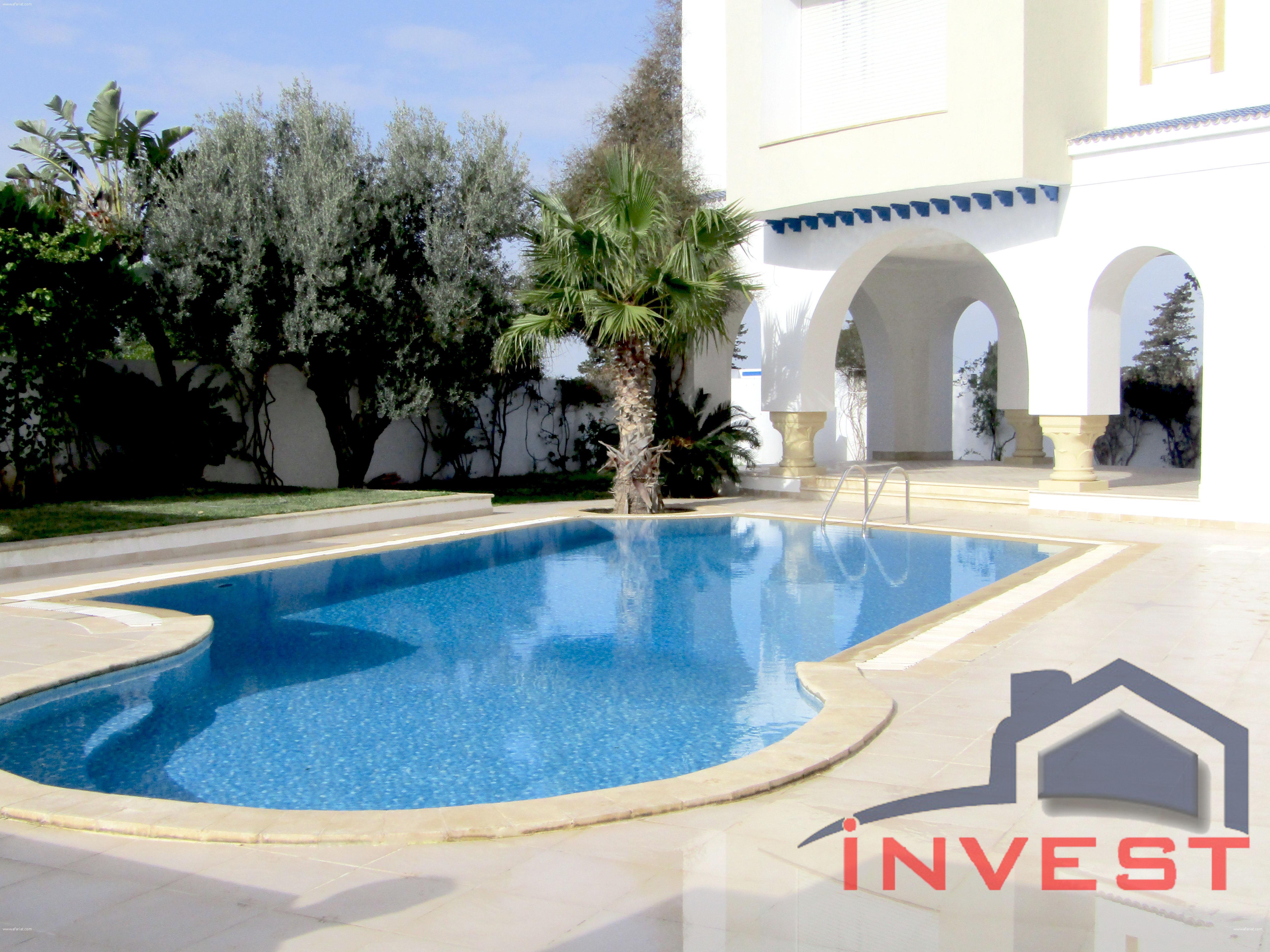 villa meublée avec piscine à Gammarth